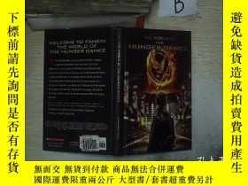 二手書博民逛書店THE罕見WORLD OF HUNGER GAMES 饑餓世界小遊戲Y261116