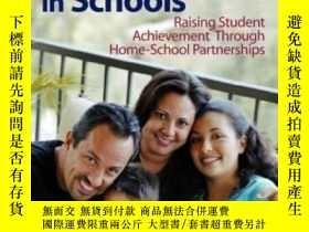 二手書博民逛書店Involving罕見Latino Families In Schools: Raising Student Ac