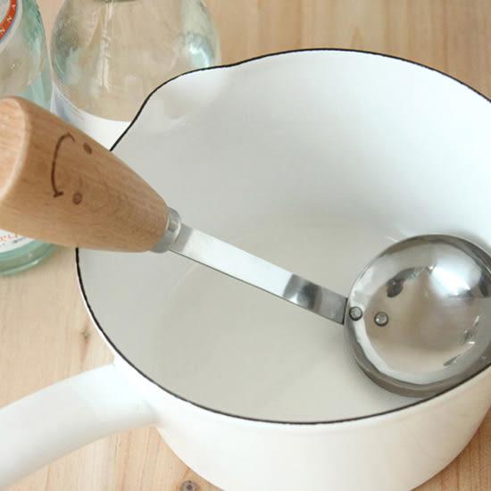 ✭米菈生活館✭【M100-2】笑臉木柄不鏽鋼湯勺 ZAKKA 料理 烘焙 廚房 工具 副食品 濃湯 餐具 擺飾