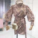 豹紋上寬下窄修飾洋裝  ♥ onetwo...