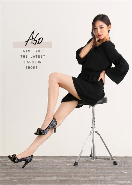A.S.O 璀璨注目 蕾絲緞布絨面魚口高跟鞋 淺灰