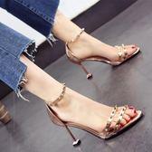 高跟鞋 金色銀色新款露趾細跟高跟鞋鉚釘一字扣中空涼鞋