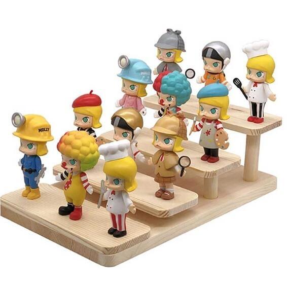 公仔收納展示架木階梯展台梯形手辦展架木紋多層玩具車模型展示台【快速出貨】