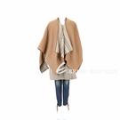 BURBERRY 標誌性條紋細節羊毛披肩(亞麻籽色) 1940409-02