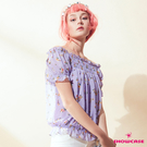 【SHOWCASE】小花彈性一字領露肩造型短袖雪紡上衣(紫)