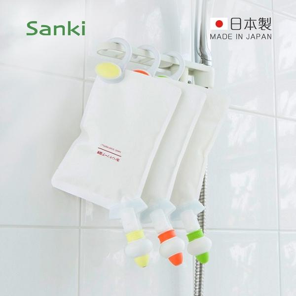 【日本Sanki】日製補充包專用定量擠壓器-3入組-附掛架 (沐浴乳/洗髮精/潤髮乳補充包適用/免倒罐)