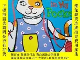 二手書博民逛書店peek罕見in my pocket..Y12498