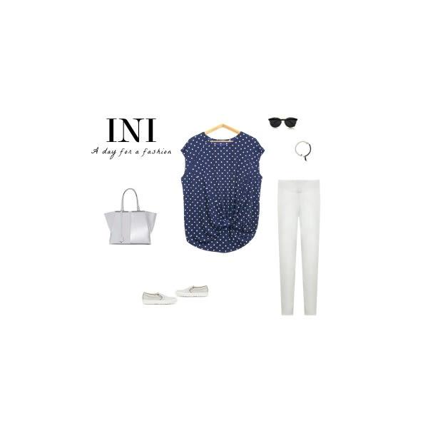 【INI】HOT SALE!涼感風格、圓點印花造型設計感上衣.藍底白點