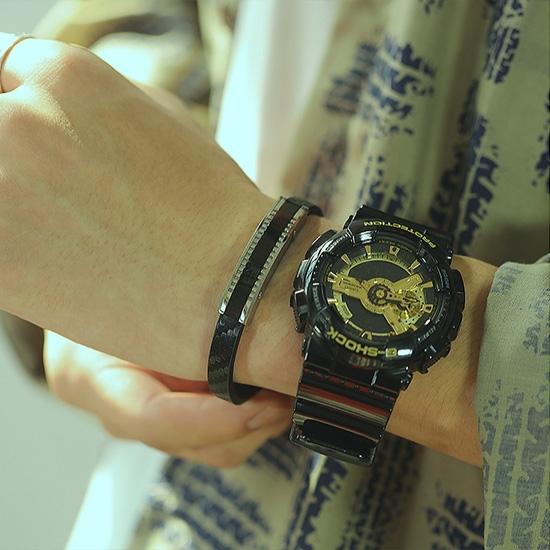 《 QBOX 》FASHION 飾品【L20N1407】精緻個性運動潮流船錨皮革鈦鋼扣頭手鍊/手環(二色)