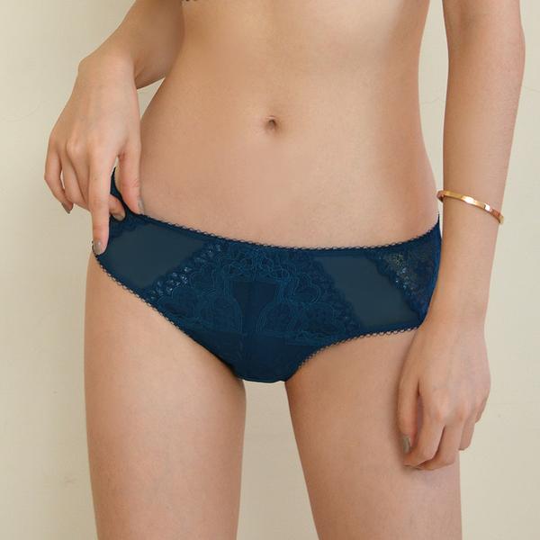 配褲→→→Amorous 私密內衣「裸漾夢影」透氣蕾絲包覆型軟鋼圈內衣