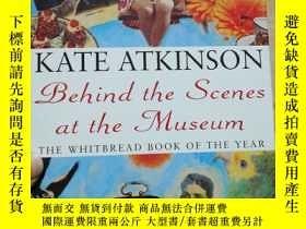二手書博民逛書店Behind罕見the scenes at the museum