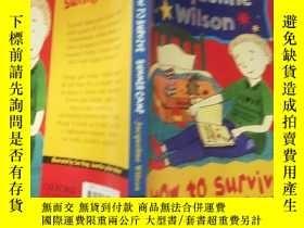 二手書博民逛書店how罕見to survive summer camp 如何度 過夏 令營 .Y200392
