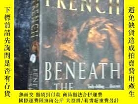 二手書博民逛書店Beneath罕見the skin .Y12498 Nicci