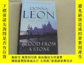 二手書博民逛書店DONNA罕見LEON BLOOD FROM A STONE【精