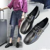 紳士鞋 時尚女2018新款韓版百搭淺口簡約中跟粗跟搭扣漆皮英倫皮鞋女  XY6166【KIKIKOKO】