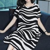針織休閒風黑白不規則條紋寬鬆圓領短袖洋裝 11950082
