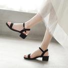 涼鞋 一字帶涼鞋女士年新款女鞋子夏季百搭時裝仙女風中跟粗跟高跟 星河光年