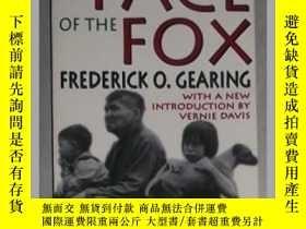 二手書博民逛書店英文原版罕見The Face of the Fox by Fre
