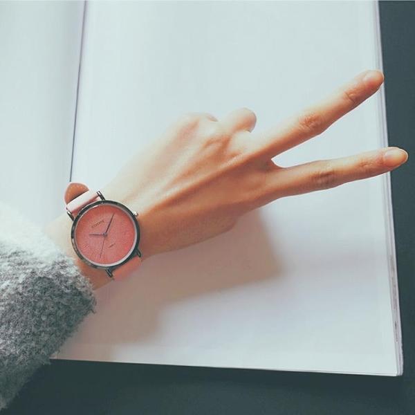 情侶手錶  正韓簡約文藝復古百搭小清新情侶學院風森女繫學生手錶女閨蜜一對 交換禮物