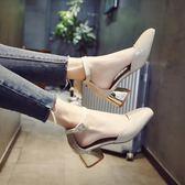 尖頭涼鞋女春中跟一字扣帶粗跟女士包跟【熊貓本】
