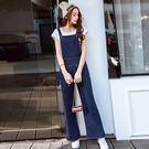 VK精品服飾 韓版高腰顯瘦寬松喇叭褲牛仔背帶連身褲寬口吊帶單品長褲