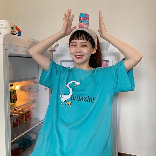 韓系女裝 Amazing小鵝印花寬鬆短袖T恤【C1098】韓妞必備 百搭顯瘦基本款 阿華有事嗎