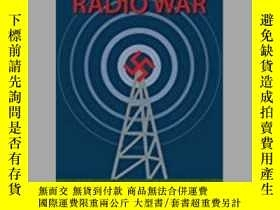二手書博民逛書店Hitler's罕見Radio War (damaged)-希特勒的無線電戰爭(損壞)Y414958 出