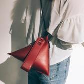 小包包女潮韓版百搭斜背包錬條單肩包個性創意三角包 伊衫風尚