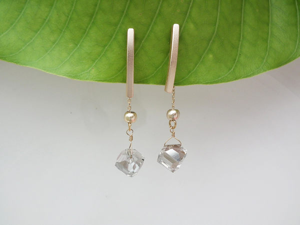 耳環 金屬不規則透晶耳環 耳針 i917ღ