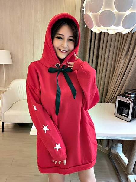 克妹Ke-Mei【AT63452】EAUTIFULL背後字母星星袖厚刷毛連帽洋裝