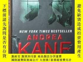 二手書博民逛書店原版英文書《罕見Twisted 》by Andrea Kane
