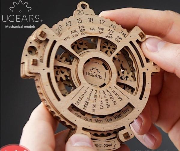 3D立體拼圖烏克蘭Ugears木質機械傳動模型萬年歷日歷拼裝手工DIY玩具成人完美