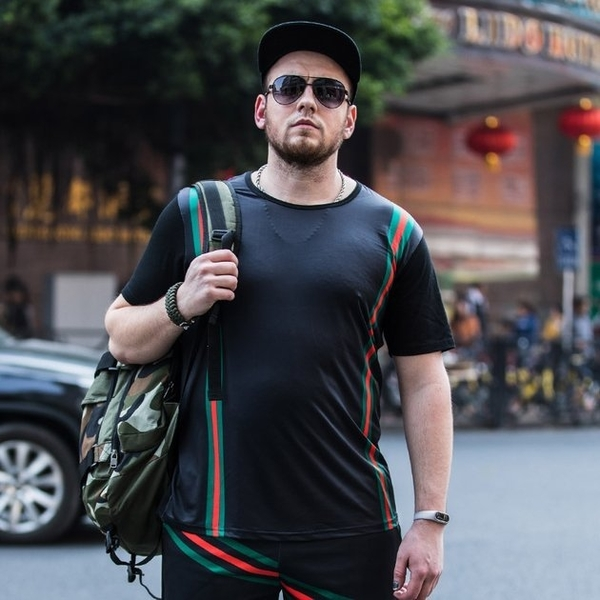 FINDSENSE品牌監製 大尺碼男裝 春夏潮牌條紋加肥加大碼短袖薄款個性印花短