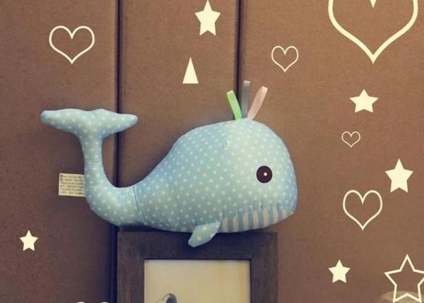 【45公分】鯨魚娃娃 抱枕 圓點點布藝玩偶 居家裝潢布置 生日禮物 聖誕禮物