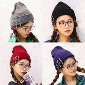 針織毛帽-韓版潮流個性別針女毛線帽5色73ie44[時尚巴黎]