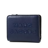 美國正品 MARC JACOBS 浮雕LOGO牛皮釦式短夾-深海藍【現貨】