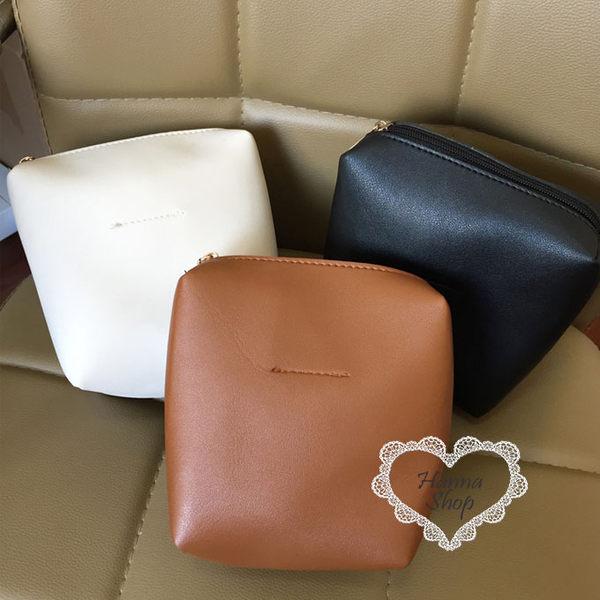 《花花創意会社》經典款。素面優雅包中包手拿包。三色【H4977】