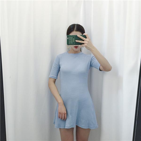 [超豐國際]夏裝女裝chic風顯瘦修身中長款圓領短袖針織連衣1入