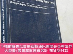 二手書博民逛書店The罕見Macroeconomics of Development and Poverty Reduction【