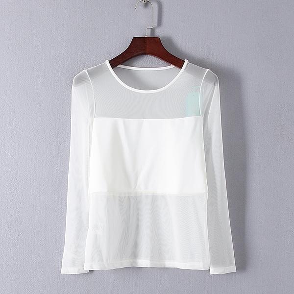 [超豐國際]村春秋裝女裝白色透明元素休閑T恤 33053(1入)