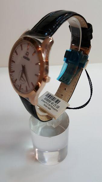 ROAMER-白面金框金字大錶面黑皮帶