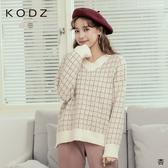 東京著衣【KODZ】可愛氛圍金蔥格紋V領針織毛衣(191431)【領券折後$299】