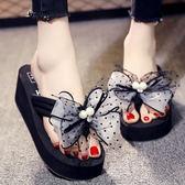 沙灘鞋女高跟人一字拖海邊度假厚底蝴蝶結鞋時尚外穿防滑涼拖鞋   可然精品鞋櫃