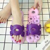 浴室防滑漏水拖鞋女夏季情侶居家室內洗澡速干涼拖軟底鏤空洞洞拖【卡米優品】