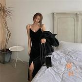 吊帶打底裙女性感V領修身顯瘦氣質絲絨連衣裙【橘社小鎮】