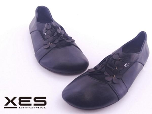 XES 小花休閒鞋  黑色