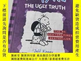 二手書博民逛書店英文原版精裝漫畫罕見《The Ugly Truth (Diary of a Wimpy Kid, Book 5).