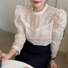 韓國chic復古溫柔立領重工蕾絲鉤花鏤空薄款純色泡泡袖襯衫上衣女 好樂匯
