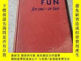 二手書博民逛書店FUN罕見for one or two(外文) 不好Y21282