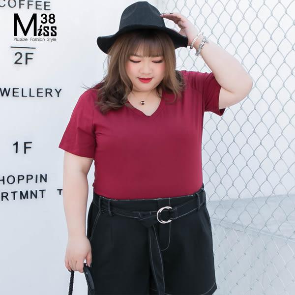 Miss38-(現貨)【A04722】大尺碼T恤 短袖上衣 百搭基本款 V領多色 純棉純色 彈力內搭  -中大尺碼